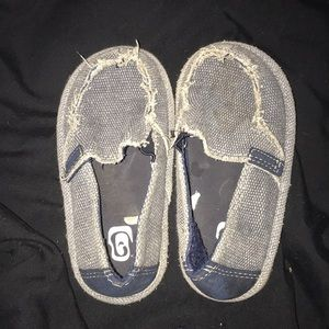 ‼️Children's Place Size 7C canvas slippers‼️